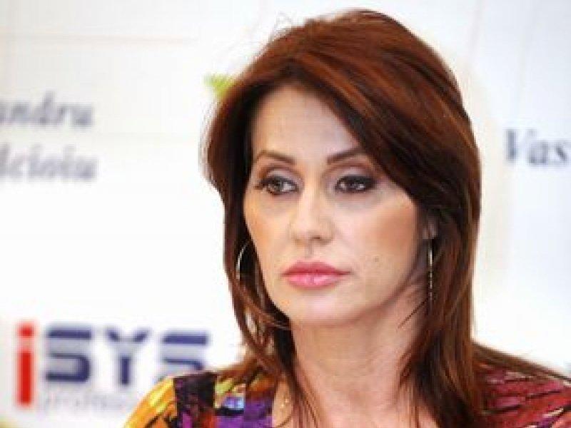 Nadia Comaneci, tentativa de sinucidere?