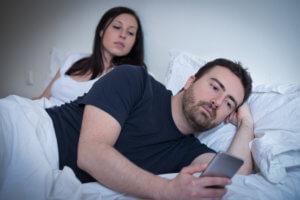 Care sunt primele 10 semne ale dependentei de porno?
